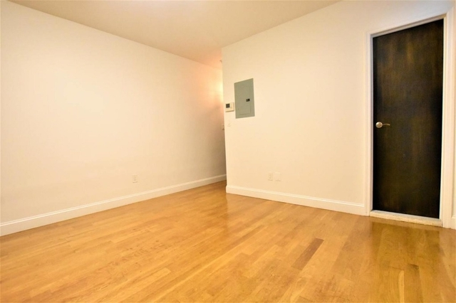 1 Bedroom, Greenwich Village Rental in NYC for $2,750 - Photo 2
