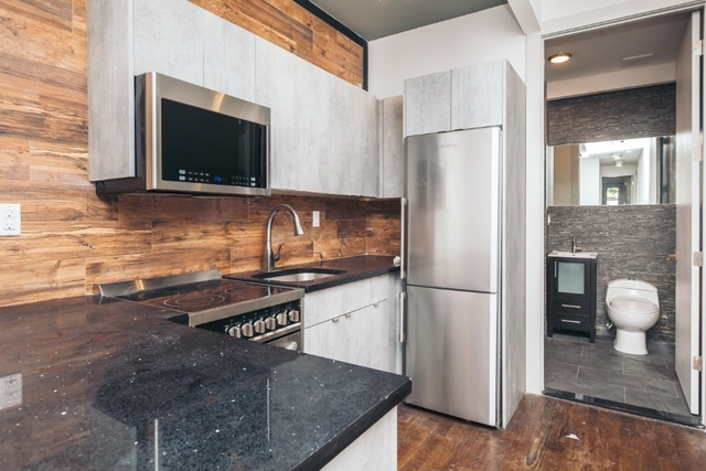 2 Bedrooms, Williamsburg Rental in NYC for $3,270 - Photo 1