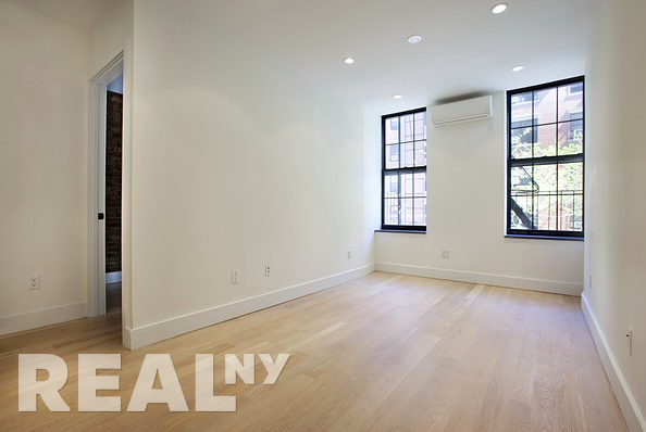 3 Bedrooms, Alphabet City Rental in NYC for $6,500 - Photo 2