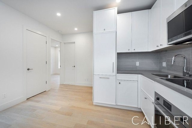 3 Bedrooms, West Village Rental in NYC for $5,677 - Photo 1