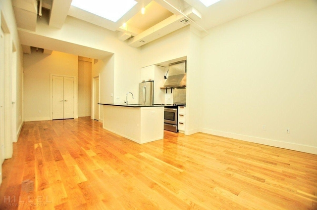 2 Bedrooms, Ridgewood Rental in NYC for $3,300 - Photo 2