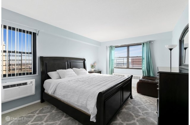 2 Bedrooms, Woodside Rental in NYC for $3,100 - Photo 1