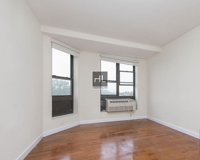 2 Bedrooms, Gravesend Rental in NYC for $2,400 - Photo 2