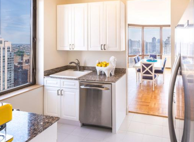 1 Bedroom, Yorkville Rental in NYC for $4,690 - Photo 2