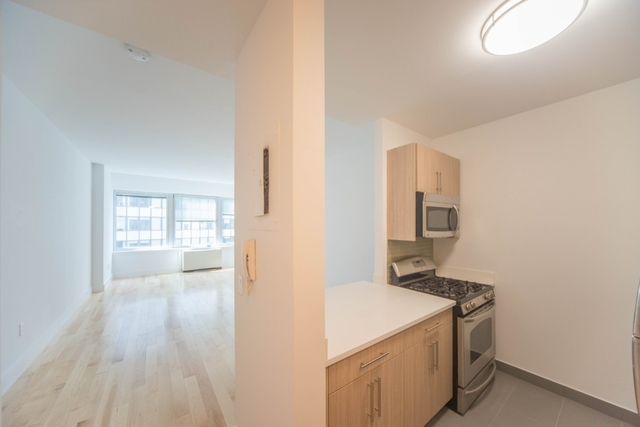 1 Bedroom, Financial District Rental in NYC for $3,738 - Photo 2