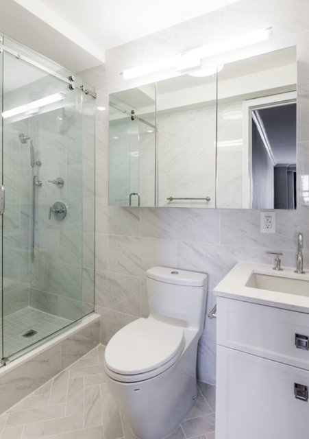 1 Bedroom, Yorkville Rental in NYC for $4,385 - Photo 2