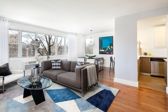 2 Bedrooms, Brighton Beach Rental in NYC for $3,100 - Photo 1