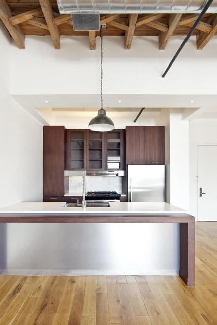 3 Bedrooms, Williamsburg Rental in NYC for $6,415 - Photo 1