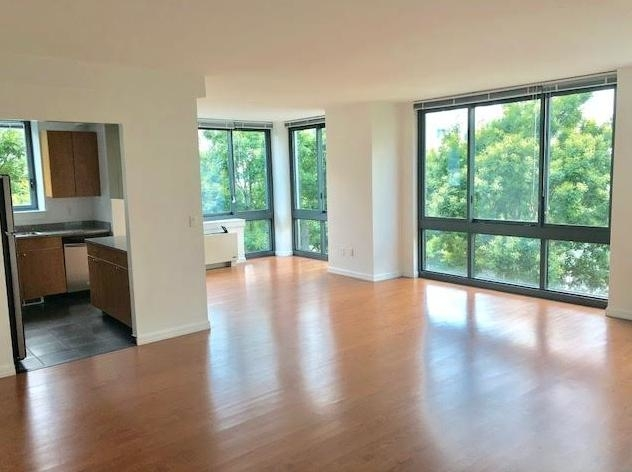 3 Bedrooms, Hunters Point Rental in NYC for $6,870 - Photo 1