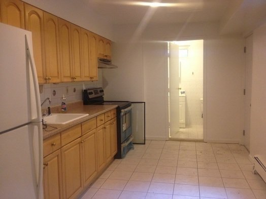 3 Bedrooms, East Harlem Rental in NYC for $2,599 - Photo 2