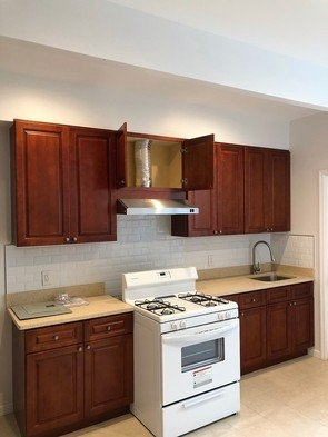 2 Bedrooms, Sunset Park Rental in NYC for $1,750 - Photo 2