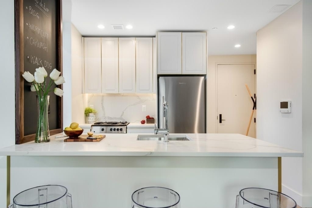 2 Bedrooms, Greenwood Heights Rental in NYC for $3,750 - Photo 1