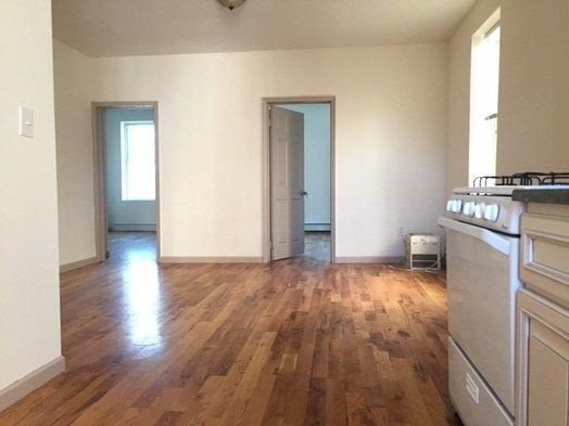 4 Bedrooms, East Williamsburg Rental in NYC for $3,800 - Photo 2