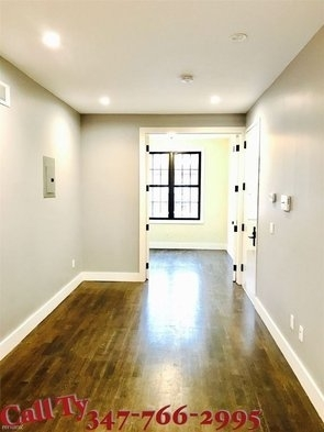 3 Bedrooms, Maspeth Rental in NYC for $2,450 - Photo 2