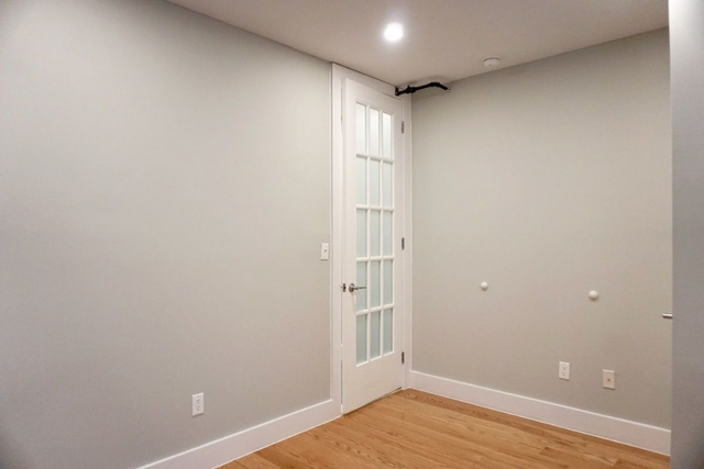 3 Bedrooms, Morningside Heights Rental in NYC for $3,850 - Photo 2