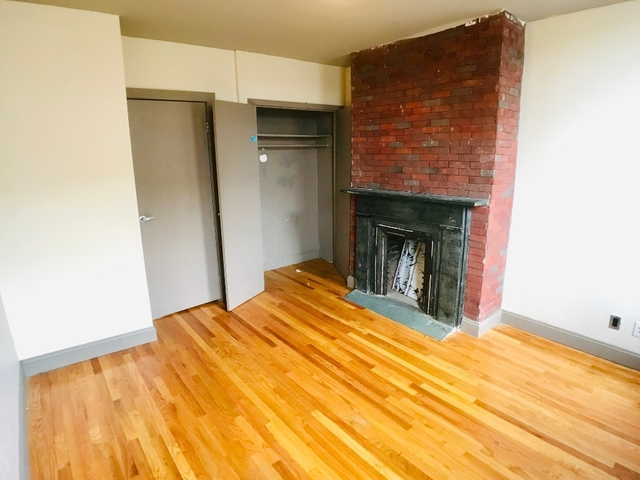 Room, Bushwick Rental in NYC for $875 - Photo 1