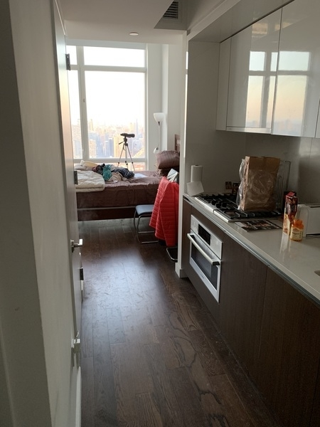 Studio, Theater District Rental in NYC for $3,700 - Photo 1