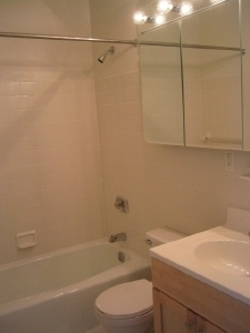 Studio, Yorkville Rental in NYC for $7,100 - Photo 2