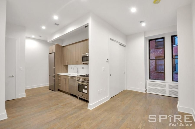 3 Bedrooms, NoMad Rental in NYC for $5,150 - Photo 2