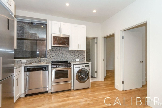 3 Bedrooms, Gramercy Park Rental in NYC for $4,450 - Photo 2