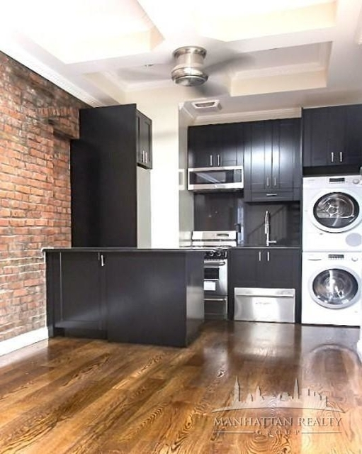 3 Bedrooms, Little Italy Rental in NYC for $4,900 - Photo 1