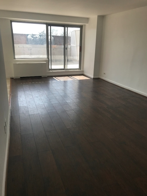 2 Bedrooms, Briarwood Rental in NYC for $2,400 - Photo 1