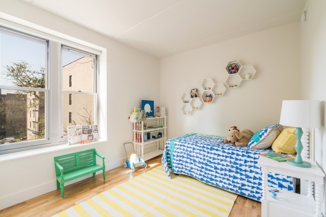 2 Bedrooms, Brooklyn Heights Rental in NYC for $2,900 - Photo 2