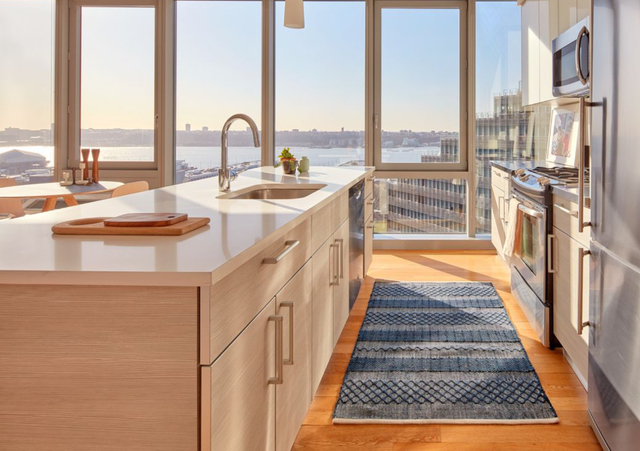 1 Bedroom, Hell's Kitchen Rental in NYC for $3,428 - Photo 1