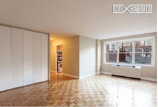 1 Bedroom, Rose Hill Rental in NYC for $3,405 - Photo 2