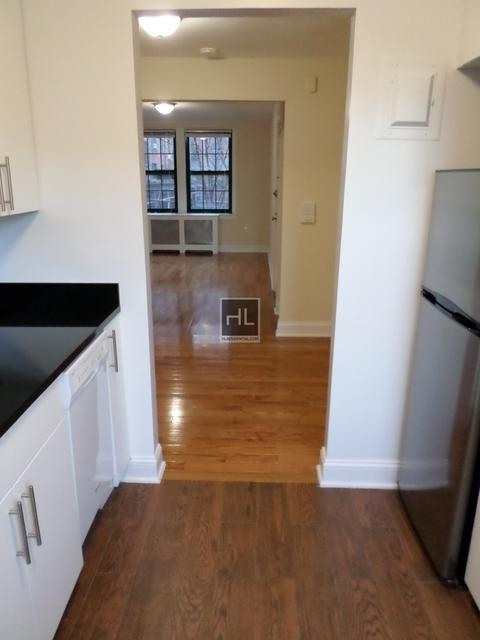 Studio, Woodside Rental in NYC for $1,715 - Photo 2