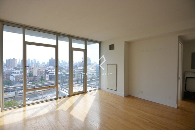 2 Bedrooms, Williamsburg Rental in NYC for $4,499 - Photo 1