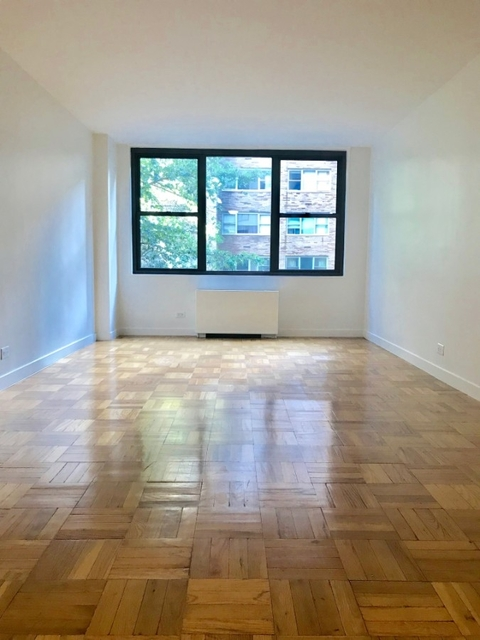 Studio, Turtle Bay Rental in NYC for $3,800 - Photo 2