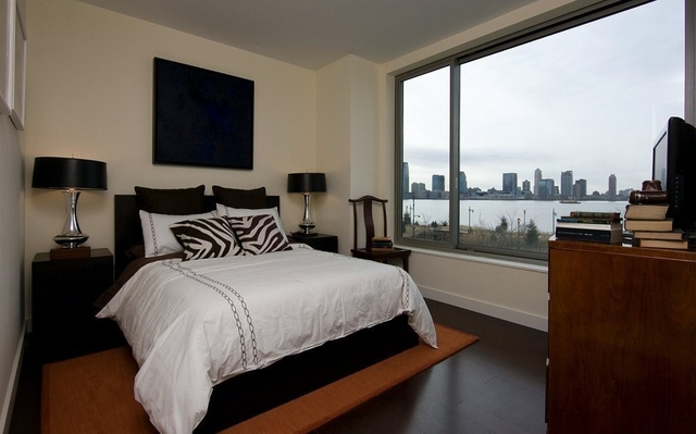 2 Bedrooms, Tribeca Rental in NYC for $5,700 - Photo 2