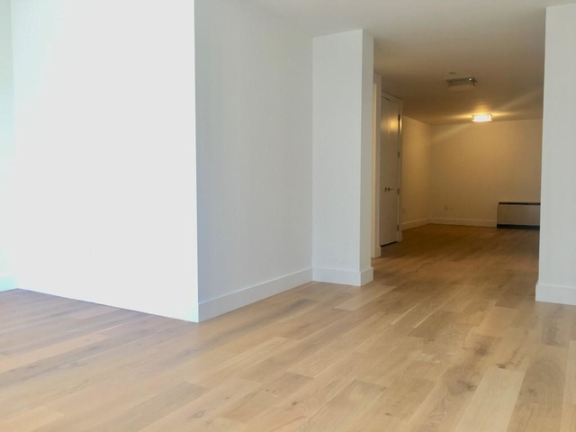 2 Bedrooms, Tribeca Rental in NYC for $3,950 - Photo 2