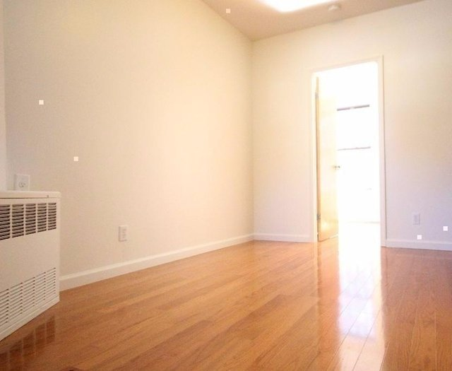 1 Bedroom, Two Bridges Rental in NYC for $2,100 - Photo 2