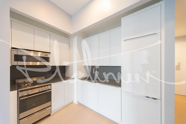 Studio, Financial District Rental in NYC for $3,340 - Photo 2