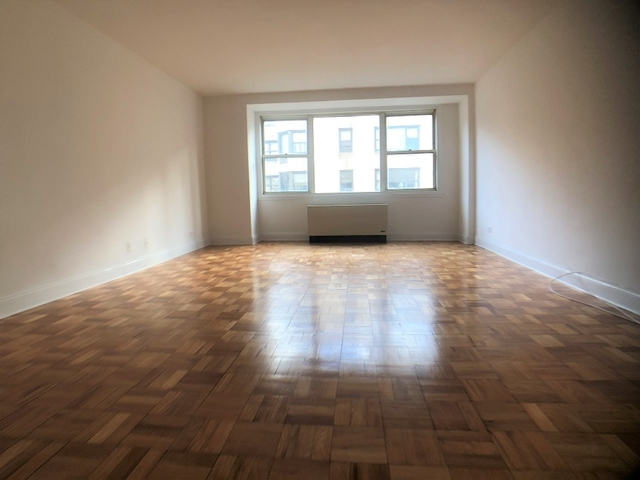 1 Bedroom, Central Park Rental in NYC for $3,350 - Photo 2