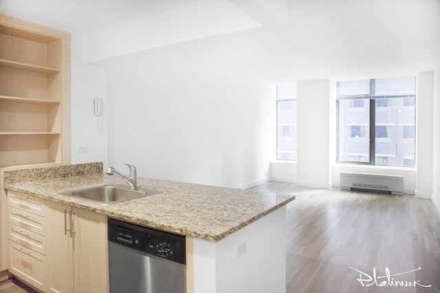Studio, Financial District Rental in NYC for $3,240 - Photo 1