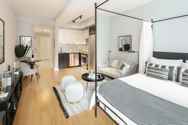 1 Bedroom, Civic Center Rental in NYC for $2,970 - Photo 2