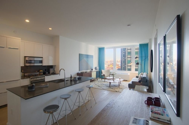 3 Bedrooms, Financial District Rental in NYC for $4,500 - Photo 1