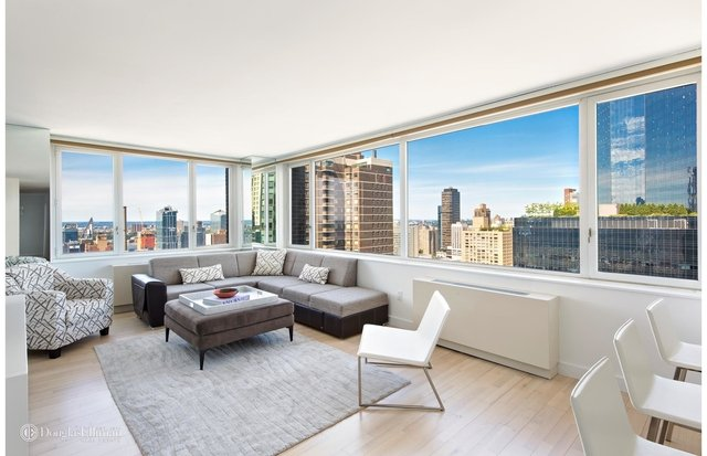 3 Bedrooms, Hell's Kitchen Rental in NYC for $13,750 - Photo 1