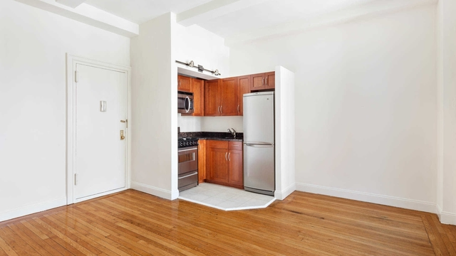 Studio, Lincoln Square Rental in NYC for $2,528 - Photo 1