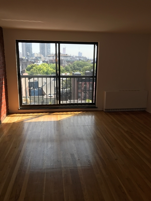 3 Bedrooms, Rose Hill Rental in NYC for $5,990 - Photo 2