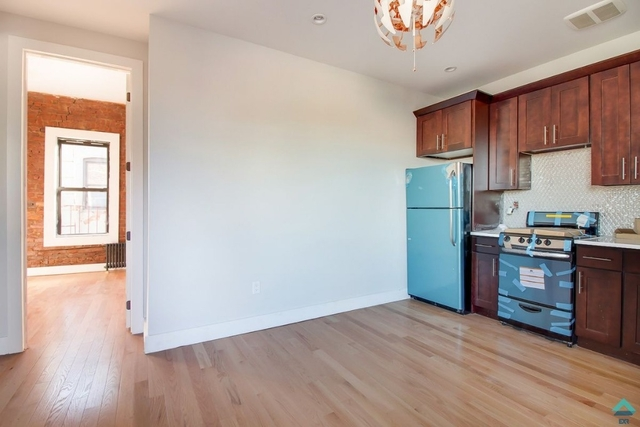 3 Bedrooms, Bedford-Stuyvesant Rental in NYC for $2,498 - Photo 2