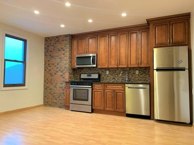 2 Bedrooms, Middle Village Rental in NYC for $2,199 - Photo 1