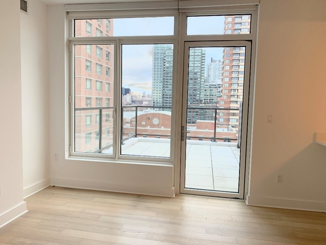 1 Bedroom, Sunnyside Rental in NYC for $2,538 - Photo 2
