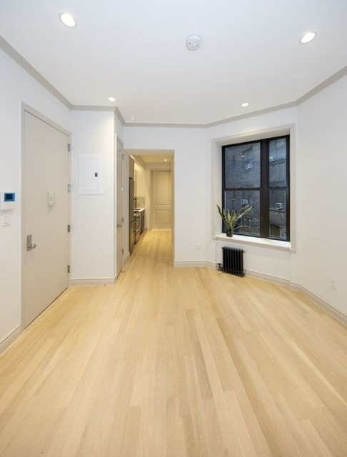 4 Bedrooms, West Village Rental in NYC for $7,250 - Photo 2