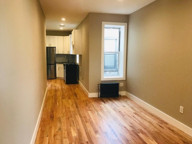3 Bedrooms, Glendale Rental in NYC for $2,449 - Photo 2