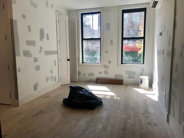 3 Bedrooms, Williamsburg Rental in NYC for $4,440 - Photo 1