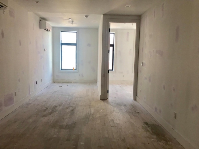 3 Bedrooms, Williamsburg Rental in NYC for $4,440 - Photo 2
